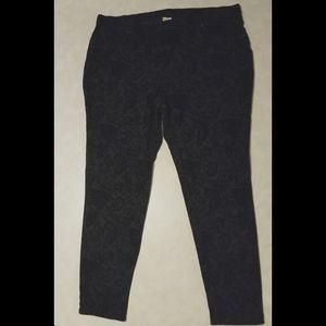 Black paisley print Jeans jeggings XXL /Size 20